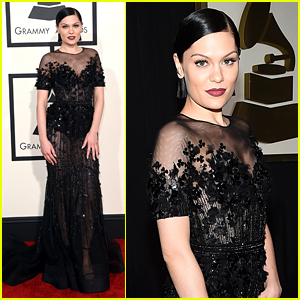 Jessie J Makes a 'Bang' on Grammys 2015 Red Carpet