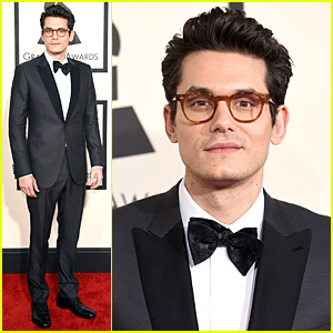 John Mayer Looks As Handsome As Ever at Grammys 2015