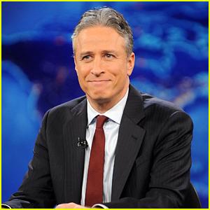 Jon Stewart Announces 'Daily Show' Retirement (Video)