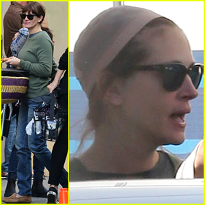 Julia Roberts Keeps Hair in Wig Cap on New Movie Set
