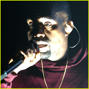 Kanye West Returns to Grammy 2015 Stage After 6 Year Hiatus for 'Only One' Performance (Video)