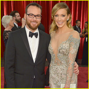 Katie Cassidy Glams Up For Oscars 2015 With Dana Brunetti