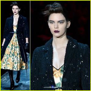 Kendall Jenner Rocks Pale Look for Marc Jacobs NYFW Runway