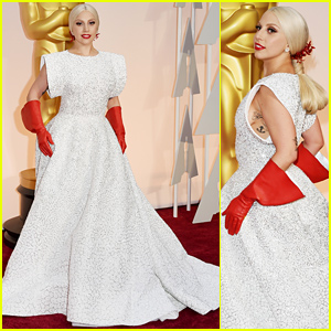 Lady Gaga Adds Pops of Red to Her Look at the Oscars 2015