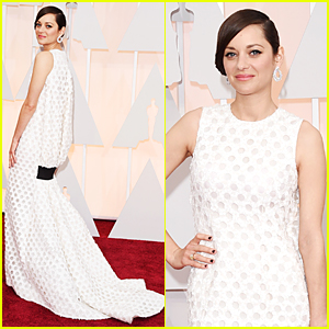 Marion Cotillard Stuns in Dior at Oscars 2015