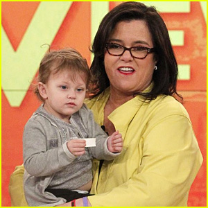Rosie O'Donnell Exits 'The View' - Watch Her Final Show Video
