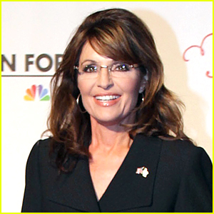 Sarah Palin Returns to 'Saturday Night Live' For 40th Anniversary Episode
