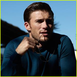 Scott Eastwood Says Legendary Dad Clint Is His Hero