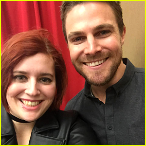Stephen Amell Proves He's Basically a Real-Life Superhero