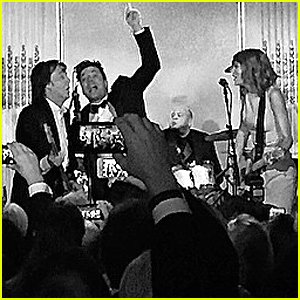 Taylor Swift & Paul McCartney 'Shake It Off' Together at 'SNL 40' After Party (Video)
