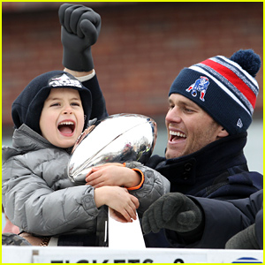 Tom Brady & His Son Benjamin Celebrate Patriots Victory at Super Bowl 2015 Parade!