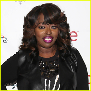 Singer Angie Stone Arrested For Knocking Out Daughter's Teeth