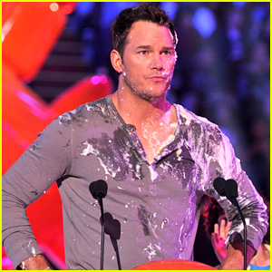 Chris Pratt Gets Pied in the Face at Kids' Choice Awards 2015