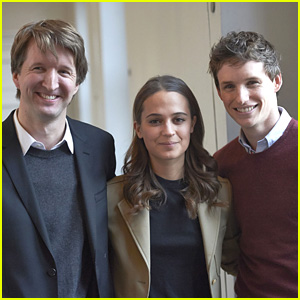 Eddie Redmayne Attends 'Danish Girl' Photo Call in Denmark