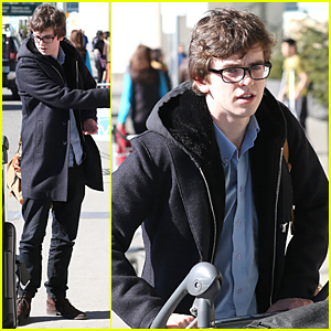 Freddie Highmore Wraps 'Bates Motel' Season 3 Filming