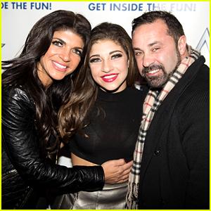 Gia Giudice Slams Rumors Her Dad Joe Cheated on Teresa