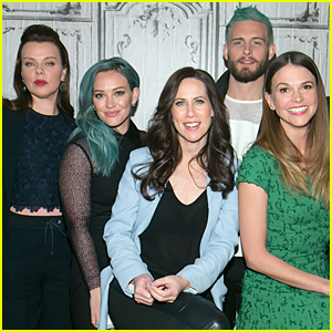 Hilary Duff's 'Younger' Co-Star Nico Tortorella Dyes His Hair Blue Just Like Her!