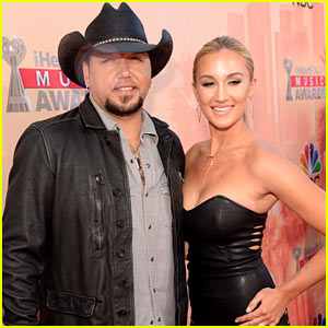 Jason aldean amp wife brittany kerr make first appearance as newlyweds