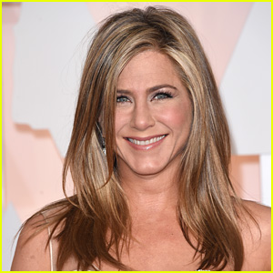 Drunk Driver Crashes Onto Jennifer Aniston's Front Lawn