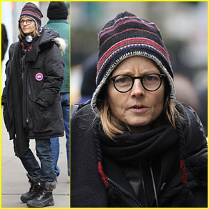 Jodie Foster Gets Serious on First Day of 'Money Monster' Filming in NYC