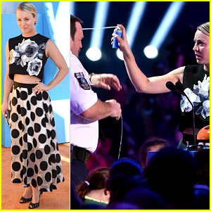 Kaley Cuoco Puts Paul Blart in His Place at KCAs 2015