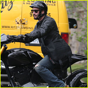 Keanu Reeves Takes a Motorcycle Ride After Spending Hours at Acting Class