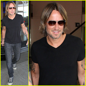 Keith Urban's 80s Throwback Picture Is a Must-See!