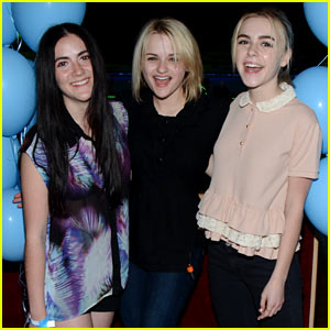 Kiernan Shipka Puts the Spotlight on Throwback Thursday with Joey King & Isabelle Fuhrman!
