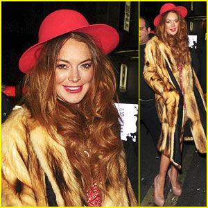 Lindsay Lohan Calls Out Guy Who Was Trying to Snap a Pic of Her
