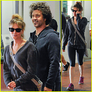 Renee Zellweger & Doyle Bramhall II Wear Matching Outfits in Los Angeles