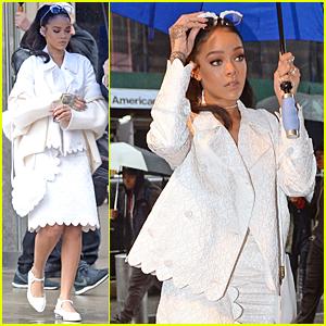 Rihanna Reaches 16 Million Followers on Instagram