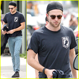 Robert Pattinson Makes It Even Hotter During Los Angeles Heat Wave