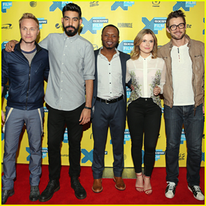 Rose McIver & Robert Buckley Join 'iZombie' Co-Stars at SXSW - Series Premiere Tonight!