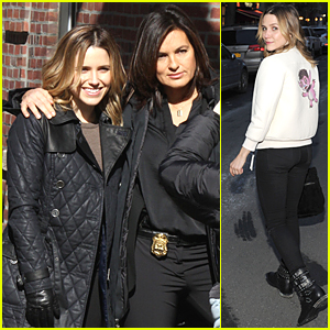 Sophia Bush & Mariska Hargitay Bring Major Girl Power to 'Chicago PD' & 'Law & Order' Crossover Episode