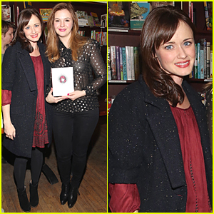 Alexis Bledel & Amber Tamblyn Have 'Sisterhood of the Traveling Pants' Reunion at Book Release Party