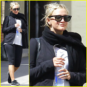 Pregnant Ashlee Simpson Works Out For Her Third Day in a Row