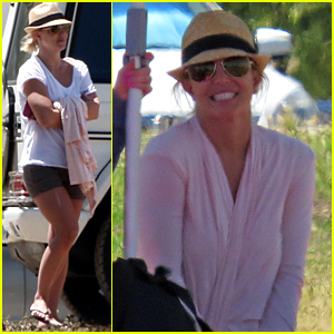 Britney Spears Cheers On Her Sons' Soccer Game!