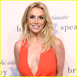 Britney Spears Drops F Bomb on Stage After Being Heckled (Video)