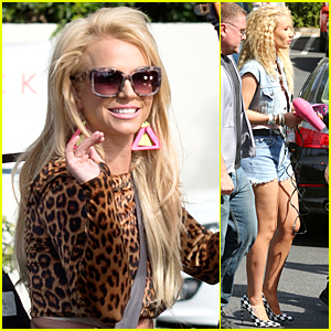 Britney Spears & Iggy Azalea Go Back to 80s For Music Video Shoot