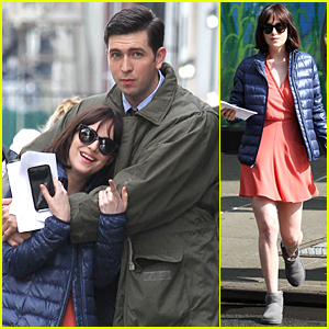 Dakota Johnson Cuddles Up to Nicholas Braun in 'How to Be Single' Scene