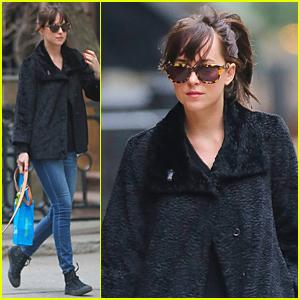 Dakota Johnson's 'Fifty Shades Of Grey' Grosses Over $400 Million Overseas