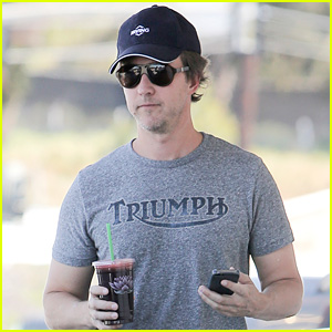 Edward Norton Calls for Fracking Ban in Home State of Maryland