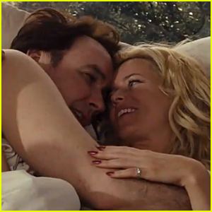 Elizabeth Banks & John Cusack Cuddle in Bed in 'Love & Mercy' Trailer - Watch Now!