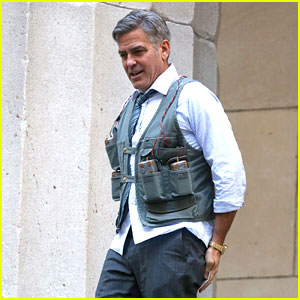 George Clooney Films 'Money Monster' Covered in Fake Bombs