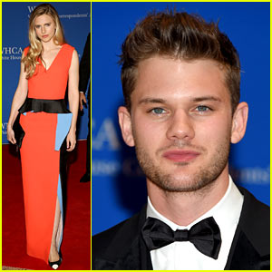 Jeremy Irvine & Brit Marling Get Fancy for White House Correspondents' Dinner 2015