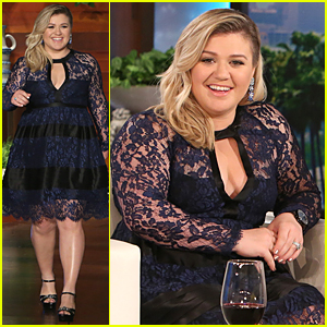 Kelly Clarkson Weight Now