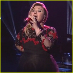 Kelly Clarkson Makes Epic Return to 'American Idol,' Sings 'At Last' & 'Heartbeat Song' - Watch Now!