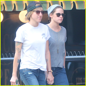 Kristen Stewart & Alicia Cargile Hold Hands in Downtown Los Angeles