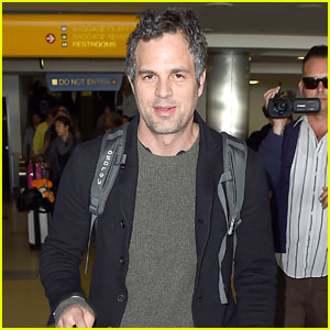 Mark Ruffalo Continues to Take a Stand Against Fracking