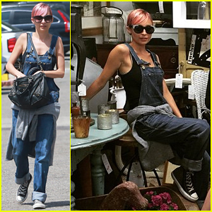 Nicole Richie Treats Herself To an Antique Road Show Sunday!